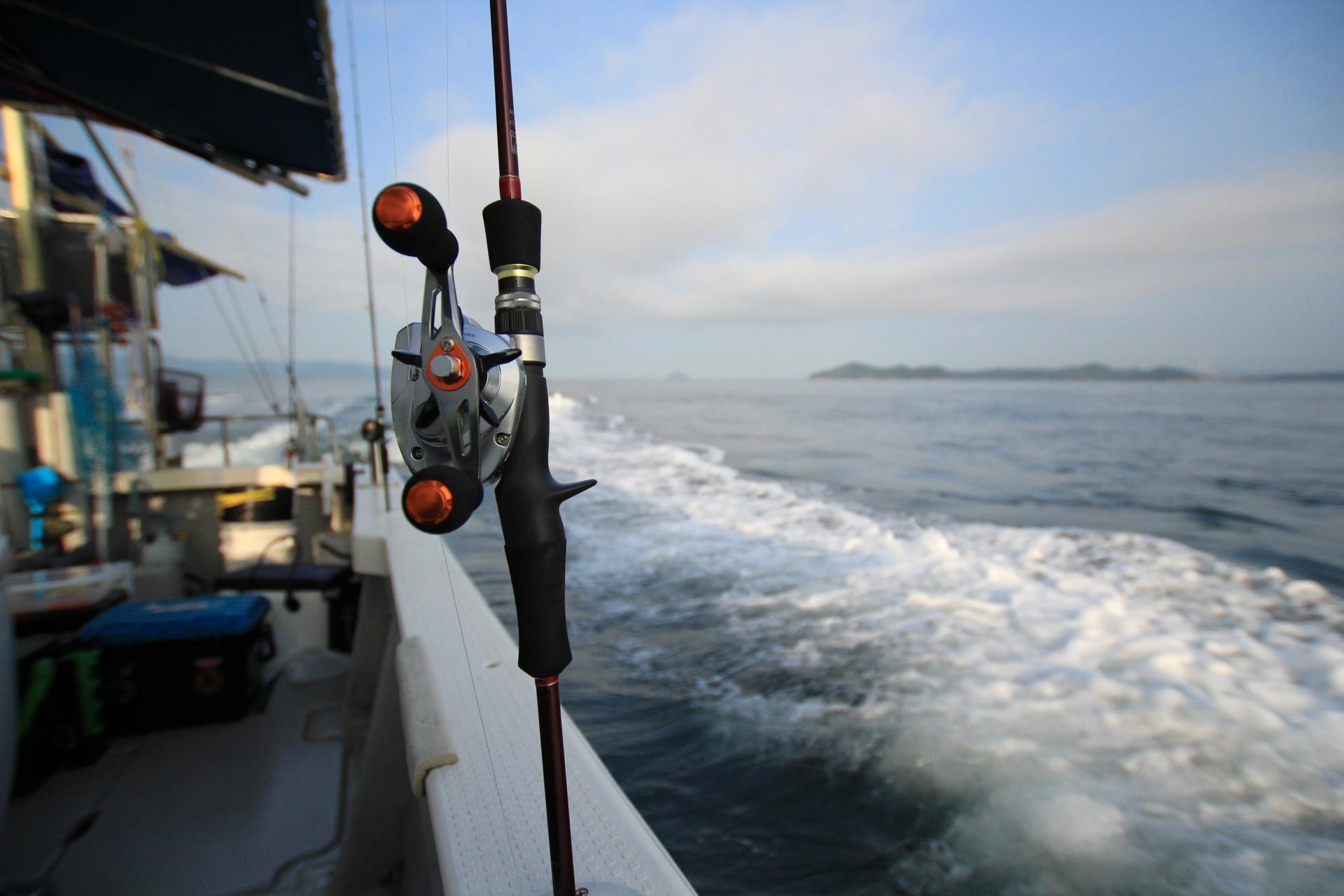 鯛ラバ(タイラバ)の釣り方入門|仕掛け・タックル・ロッド【初心者必見】